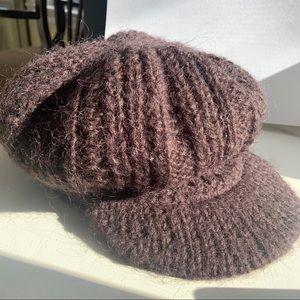LOFT Loose Knit Newsboy Cap
